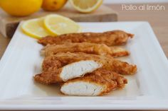 Pollo al limón - MisThermorecetas A Food, Food And Drink, Lidl, Onion Rings, Turkey Recipes, Tapas, French Toast, Bacon, Nutrition