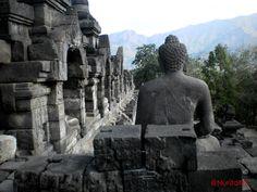 Temple Borobudur à Java, en Indonésie. #voyage
