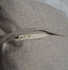 Krista Sew Inspired: Pillow Cover with Hidden Zipper - Tutorial