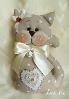 Cat Crafts, Sewing Crafts, Diy And Crafts, Sewing Projects, Arts And Crafts, Frozen Crochet, Homemade Dolls, Cat Cushion, Cat Pillow