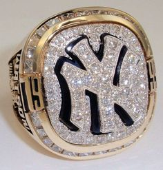 1999 New York Yankees World Series Champions 14K Gold and Diamond Player's Ring