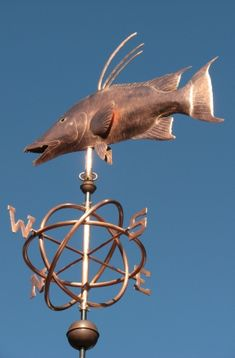 This Hogfish Weathervane was a fun project. The owners are divers, and love this Western Atlantic fish that is only caught by spear fishing. Hogfish is said to be sweeter than grouper, Weather Vanes, Fish Design, Yard Art, Wall Hooks, Fun Projects, West Coast, Sculpture Art, Metal Working, Scrap