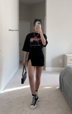 Edgy Outfits, Teen Fashion Outfits, Mode Outfits, Retro Outfits, Cute Casual Outfits, Look Fashion, Summer Outfits, Girl Outfits, Looks Pinterest
