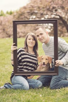 Family photo with mom dad and dog--Who says family photos don't include pets? -- Jason Comerford Photography