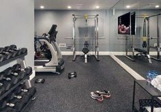 200 Sq Ft Mirrored Home Gym W Built In Tv And Rubber