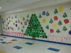 Our class paper plate Christmas tree!