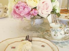 The English Tea Party – the original vintage crockery and accessories hire company