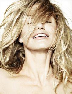 Beautiful Cameron Diaz Elle UK Magazine Photoshoot -05