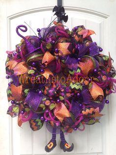 Halloween mesh wreath www.facebook.com/wreathstoadoor