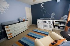 Light blue / dark blue combo with white art on the walls. Love the kite moon.