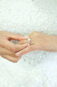 Silver Rings, Wedding, Jewelry, Casamento, Jewlery, Jewels, Weddings, Jewerly, Jewelery