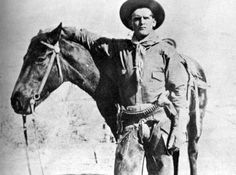 Butch Cassidy when he worked as a cowboy while robbing banks on the side. (image from the Jay Robert Nash Collection) Old West Outlaws, Old West Photos, The Wild Bunch, Sundance Kid, Cowboys And Indians, Real Cowboys, Into The West, Cowboy And Cowgirl, Cowboy Art