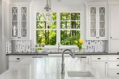 The peel and stick Smart Tiles for backsplash in kitchen and bathroom Ravenna Armano Glass Kitchen Cabinets, Kitchen Island With Sink, Sink In Island, Kitchen Sink, Kitchen Windows, Kitchen Islands, Open Kitchen, Kitchen Backsplash, Diy Kitchen