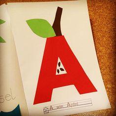 Buchstabenheft: A wie Apfel, Buchstabe A basteln, Bastelidee, letter crafts A Abc Crafts, Letter A Crafts, Preschool Crafts, Cork Tiles, Cork Flooring, Alphabet Activities, Cool Diy, Dolphins