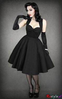 My your of pin up lol. Beautiful Pin-up dress. Pin-up, wide skirt, high waist, rippeld top, shoulders. I love it because it's a beautiful simple dress. Pin Up Dresses, 50s Dresses, Pretty Dresses, Vintage Dresses, Beautiful Dresses, Dress Outfits, Vintage Outfits, Dress Up, Goth Dress