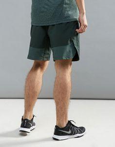 0d96f378c0c4c Nike Training flex vent shorts in khaki 833370-332