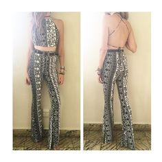 👀 TEXT ONLY L-V 11-8pm Sab: 11-3pm Dom: CLOSED, NO TEXT PLZ 🙏🏻 Perfecto para FESTIVAL SEASON 🌈  Paisley Bellbottom Set 😱😱😱😱  Available S/M  For APPOINTMENTS, PRICES or INFO pls thru TEXT ONLY 787.605.3404 11-8pm 🙏🏻 WE SHIP WORLDWIDE  #fashion #sanjuan #calleloiza #puertorico #compralocal #trend #trendy #sexy #lookbook #musthave #follow #love #boho #beachy #paisley #palazzo #bellbottom #croptop #top #set  #strapless #backless #festival #spring #coachella2017 #lollapalooza2017…