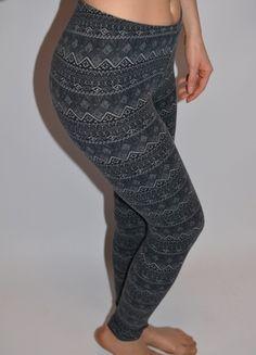 Kup mój przedmiot na #vintedpl http://www.vinted.pl/damska-odziez/legginsy/12048428-legginsy-aztec-aztecki-wzor-xs-s