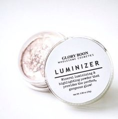 DIY Organic, All Natural Highlighter, check it out at http://makeuptutorials.com/etsy-makeup-brands/