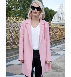 Le manteau rose, look de la Fashion Week printemps été 2014 de Londres - Cosmopolitan.fr