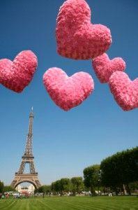 Valentine's Day in Paris >>> It's on the bucket list!