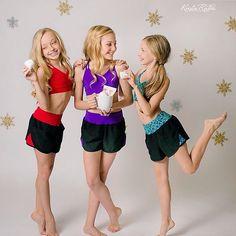 Brynn Rumfallo with besties Beautiful Little Girls, Beautiful Children, Girly Girl Outfits, Cute Outfits, Tween Girls, Cute Girls, Fresh Faces Dance, Annie Leblanc Outfits, Brynn Rumfallo