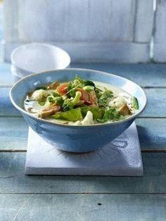 Green Thai-Curry mit Brokkoli, Blumenkohl, Pilzen, Zuckerschoten, Möhren und Hähnchenfilet Rezept