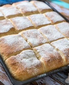 Bröd i Långpanna – Läsarrecept Keto Holiday, Holiday Recipes, Fika, How To Make Bread, Hot Dog Buns, Summer Recipes, Grain Free, Goodies, Food And Drink