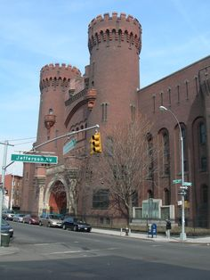 sumner ave armory | SAVE BEDFORD STUYVESANT: The Largest building in Bedford Stuyvesant