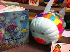 Sunny Days in Second Grade: More Storybook Pumpkins! they made a rainbow fish Pumpkin Books, Pumpkin Crafts, Fall Crafts, Pumpkin Ideas, Halloween Pumpkins, Fall Halloween, Mini Pumpkins, Painted Pumpkins, Halloween Crafts