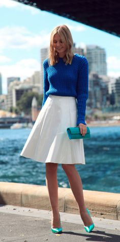 Fashion Blogger Style | Tuula Vintage blue sweater white skirt casual fashion street style