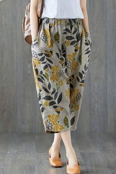 Plus Pants Cotton Casual Pants Kurta Designs, Blouse Designs, Fashion Pants, Fashion Outfits, Men Fashion, Fashion Tips, Mode Plus, Pantalon Large, Pants For Women