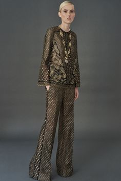 http://www.vogue.com/fashion-shows/resort-2018/j-mendel/slideshow/collection