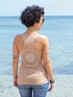 Light brown Tank Top with upcycled vintage hand dyed crochet back - Size L #katrinshine #tank #top #handmade #sea #italy #crochet #upcycled