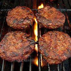 Drick's Rambling Cafe: Award Winning Summertime Tasting Hamburger with seasonings and basting sauce