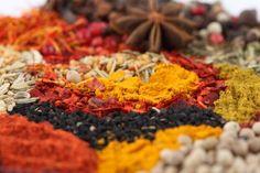 A história das especiarias, e sua importância na Gastronomia | Petit Gastrô