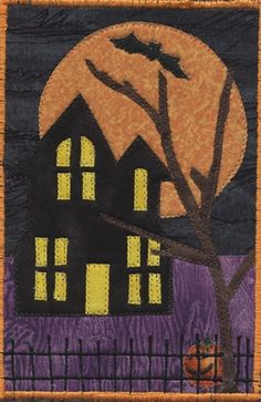 fabric postcard Halloween Quilts, Halloween Crafts, Fabric Cards, Fabric Postcards, Textiles, Fall Sewing, Small Sewing Projects, Fabric Rug, Landscape Quilts