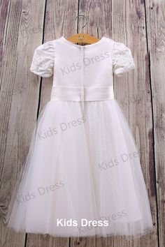 A-line Scoop Short sleeves Tulle Flower Girl Dress With Sash And Applique