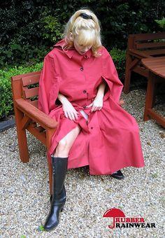 Womensyellow Raincoat And Boots Raincoats For Women, Jackets For Women, Hunter Wellies, Rubber Raincoats, Rain Wear, Girls In Love, Girls Wear, Sexy Legs, Lady