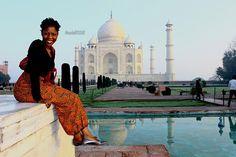 Salut! Je suis#Oneika(prononcez oh-né-i-kah). Je suis une fille dans la trentaine qui a une passion intense pour les #voyages, la culture et la langue. Je suis allée dans plus de 70 pays et je suis toujours en train de planifier mon prochain #voyage. J'ai grandi à Toronto, Canada (si vous voulez