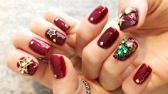 Don't spend all of your time looking for the best manicure for special occasions? Check out this ultimate easy holiday nail art designs guide now! Christmas Tree Nail Art, Xmas Nail Art, Cute Christmas Nails, Holiday Nail Art, Bright Nail Art, Funky Nail Art, Nail Art Diy, Red Nail Designs, Christmas Nail Art Designs