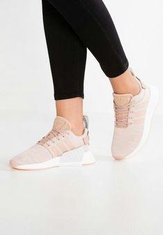 Adidas Originali Con Swift Run Formatori In Cachi Con Originali Striscia Rosa Motb a9b07b
