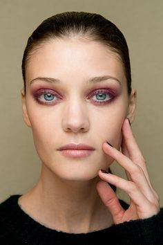 loving this bordeaux smoky eye