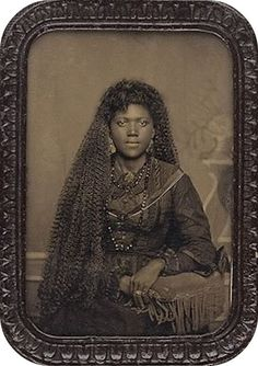 :::::::::: Antique Photograph ::::::::::  Beautiful African American woman with very long hair.  Did I mention long hair?