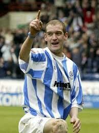 Andy Booth former professional footballer for Huddersfield Town and Sheffield Wednesday. Huddersfield Town Fc, Sheffield Wednesday Fc, Soccer Players, Terriers, Yorkshire, Pride, Football, Sports, People
