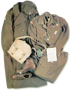 2nd Lt., AAA of the 2nd Polish Corps, Ital, 1945    01 M40 battle dress, AAA colors of the collar tabs 02 American woollen shirt 03 M40 overcoat 04 M42 beret 05 boots 06 M37 breadbag 07 dog tags 08 ribbons of the Monte Cassino Cross 09 2nd Polish Corps Artillery memorial badge 10 Polish-English pocket dictionary 11 Propaganda leaflet
