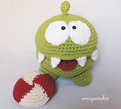 amigurinho Om nom  . . . #handmade #amigurumi #lovecrochet #crochetmoods #crafts #crochetlove #crochetart #crochetaddict #handcrafted #instacrochet #bichinhosdecrochet #semprecirculo #crochetersofinstagram #amocrochet #crochetando #crocheamigurumi #crochetamigurumi #amigurumicrochet #amigurumidoll #quartodemenina #quartodebebe #diaadiademamae #maedemenina #maedemenino #gravidez #gravidas #decoraçãoinfantil #maedeprimeiraviagem #omnom #cuttherope