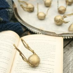 golden snitch truffles (the geek in me just got giddy...)