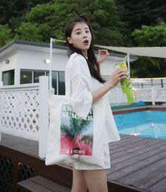 Dress Up Confidence! 66girls.us AMERICA SUMMER Graphic Print Tote Bag (DHYR) #66girls #kstyle #kfashion #koreanfashion #girlsfashion #teenagegirls #younggirlsfashion #fashionablegirls #dailyoutfit #trendylook #globalshopping