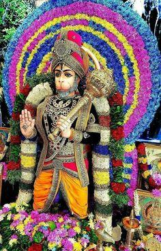 Mahaveer vikram bajarangi Jai Hanuman Images, Krishna Images, Kali Shiva, Lord Shiva, Lord Hanuman Wallpapers, Hanuman Chalisa, Indian Goddess, Ganesha Art, My Idol